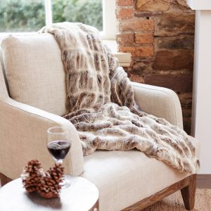This rich, plush and sumptuous mink throw is made from superior quality faux fur that is as indulgent as it is elegant, €124.95