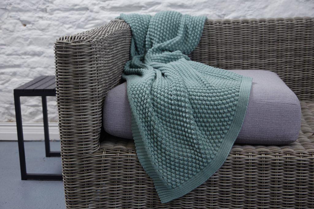 Popcorn Knit Throw - Morning Mist €79.95