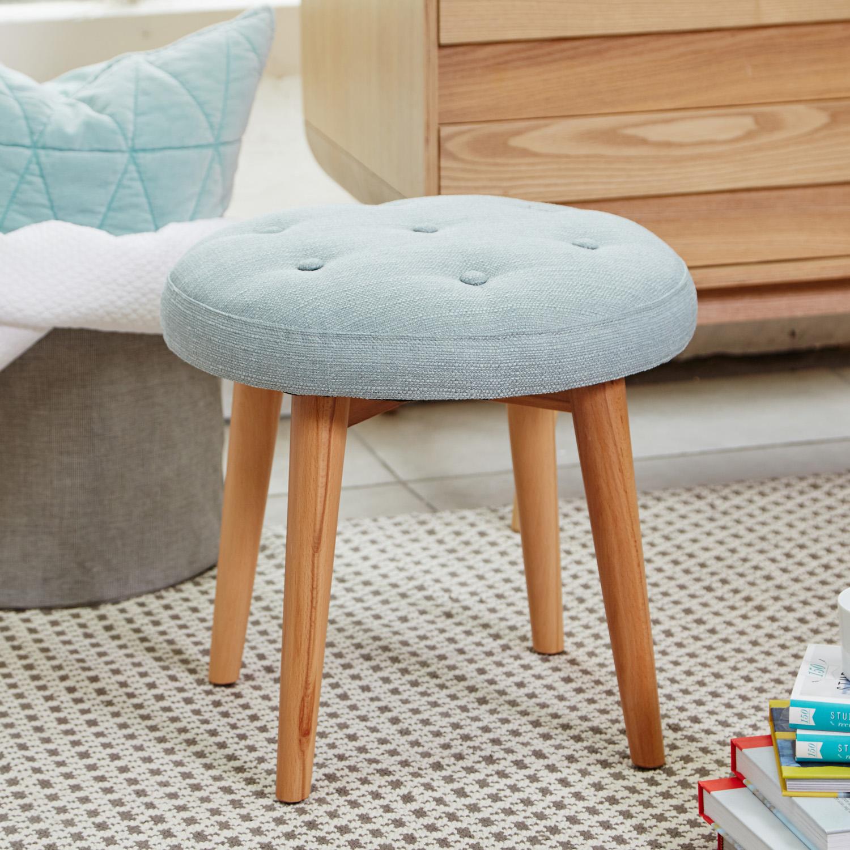 bedroom furniture bedroom chairs bedroom armchairs